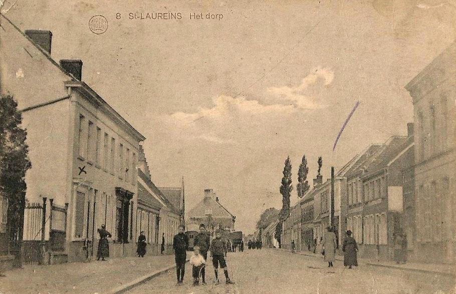 Sint-Laureins - Dorpsstraat (10).jpg