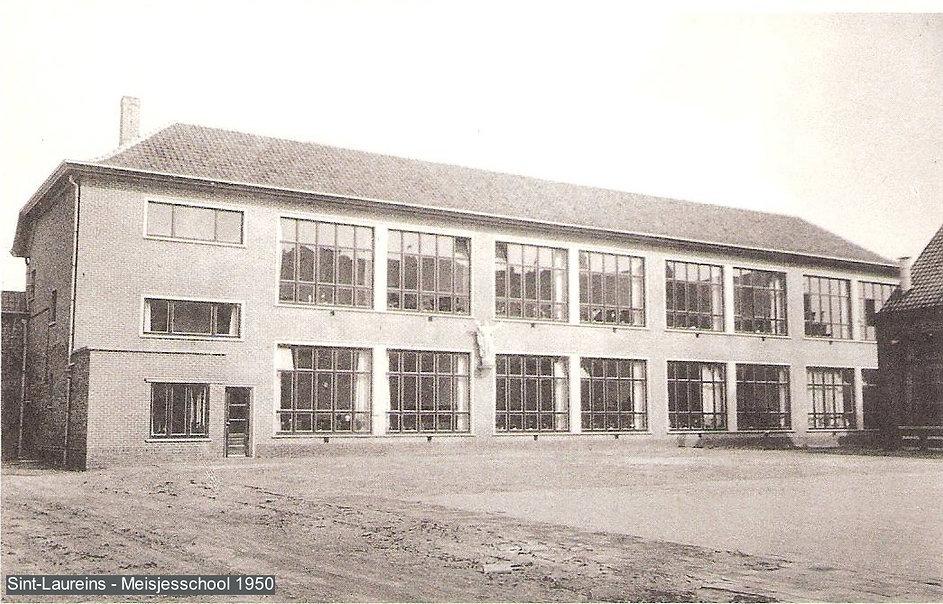 Sint-Laureins - meisjesschool  1950.jpg