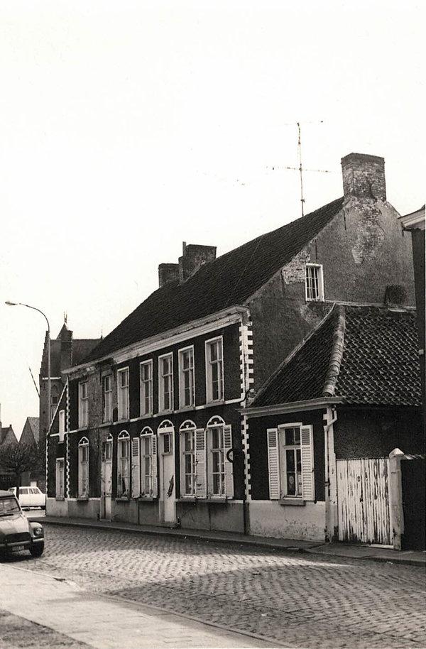 Sint-Laureins - huis onderpastoors.jpg