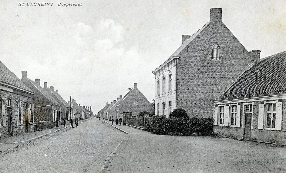 Sint-Laureins - Dorpstraat (5).jpg