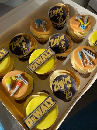 Fondant Design Cupcakes .jpeg