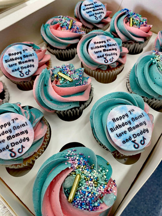 Standard TikTok Cupcakes.jpeg