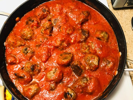 Easy and Delicious Homemade Meatballs