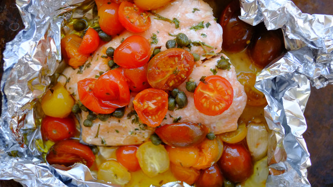 Baked Salmon with Capers and Tomatoes