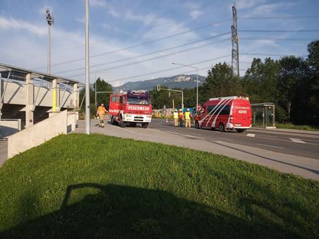 E34 - T1 Altach, Schweizerstrasse L55 - Koblacher Strasse # Autobahnauffahrt > Ölspur