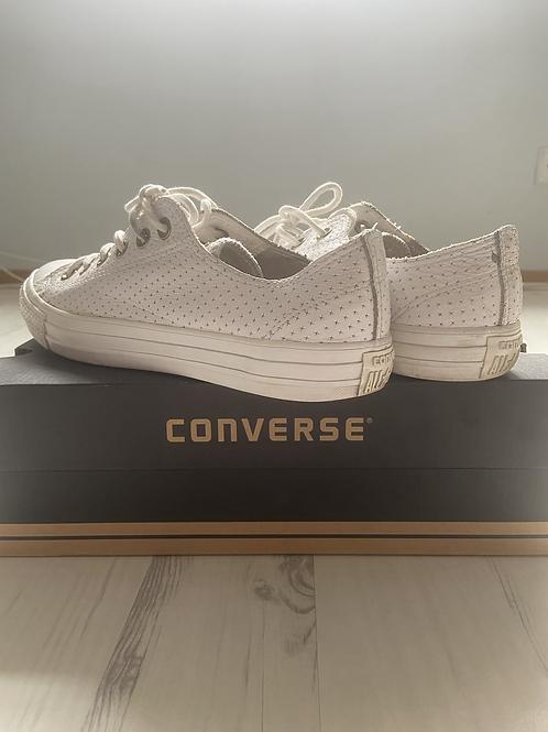 Converse tennised, 41.5
