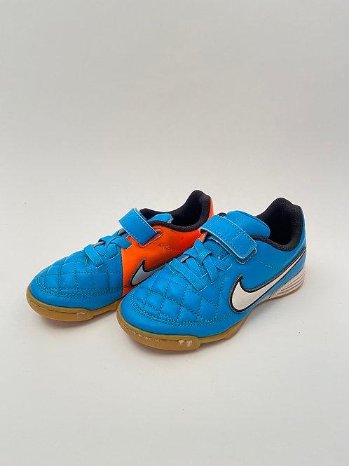 Nike saaliputsad, 29.5
