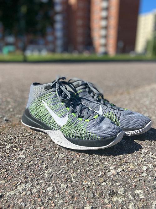 Nike Zoom kossutossud, 42