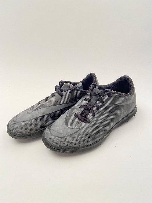 Nike kunstmuruputsad, 34