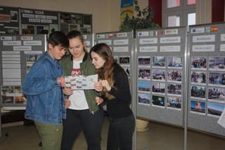 Wystawa Erasmus Plus – trzy lata partnerstwa i sukcesywnej współpracy