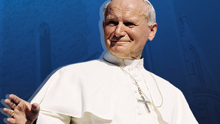"""""""Cały Twój"""". 100. rocznica urodzin Świętego Jana Pawła II. Uczniowie czytają wiersze wielkiego Polak"""