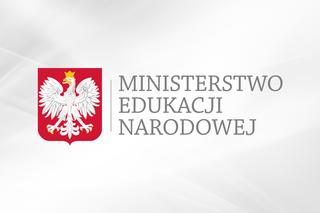 Nowe rozporządzenia MEN                        w związku z COVID-19 – kształcenie na odległość