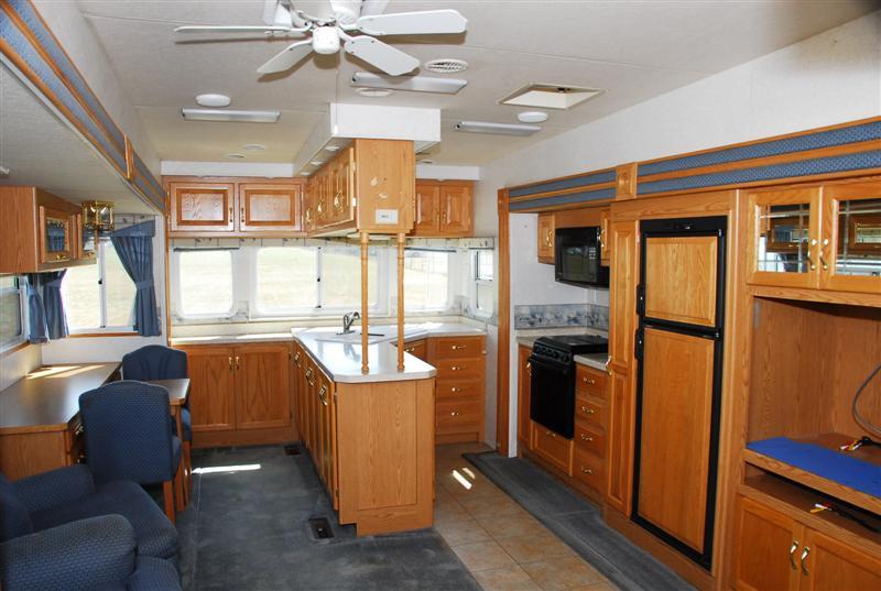 RV renovation before, kitchen