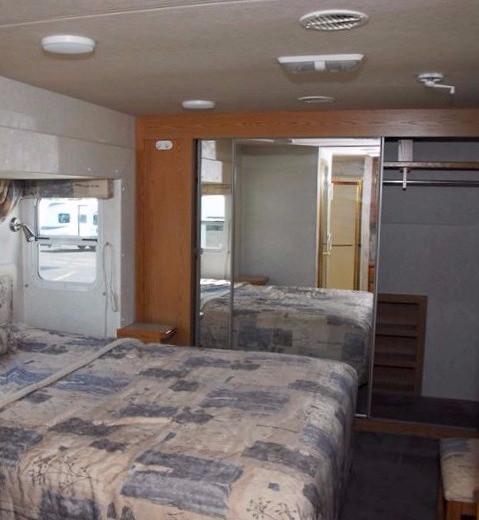 RV renovation before, bedroom