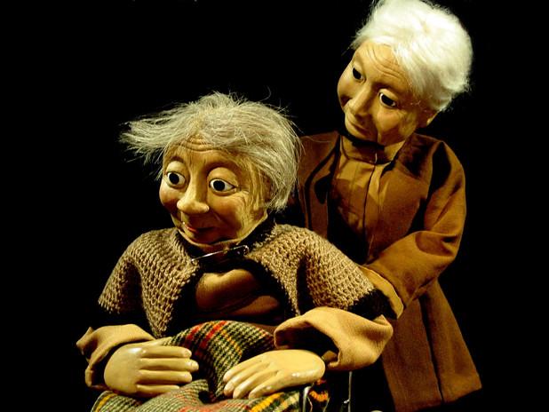 Augustine et Mme Crétasse
