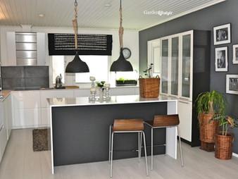Keittiön ja kodinhoitohuoneen pitkäksi venähtänyt uusiminen