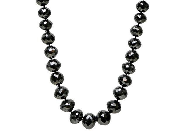 Black Round Diamonds