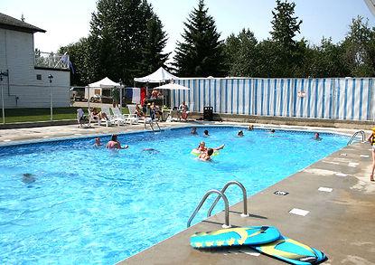 pool_campsites_Harmony_Shores_web.jpg