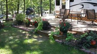 Seasonal Campsite With Garden