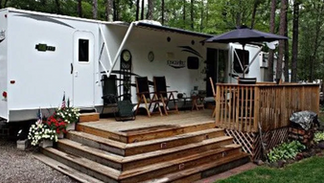 Seasonal RV Site Cedar Deck With Stairs