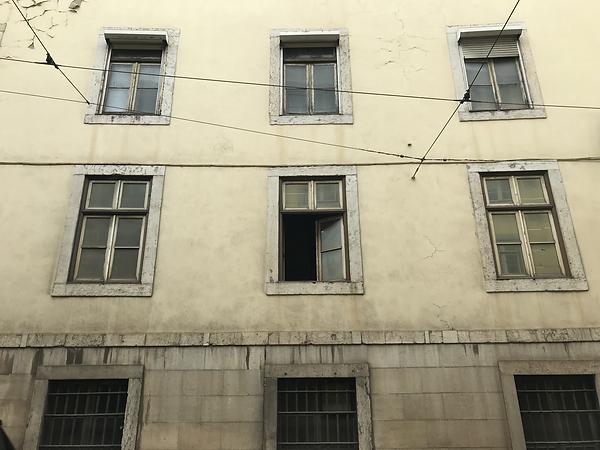 'lookouts' Lisbon