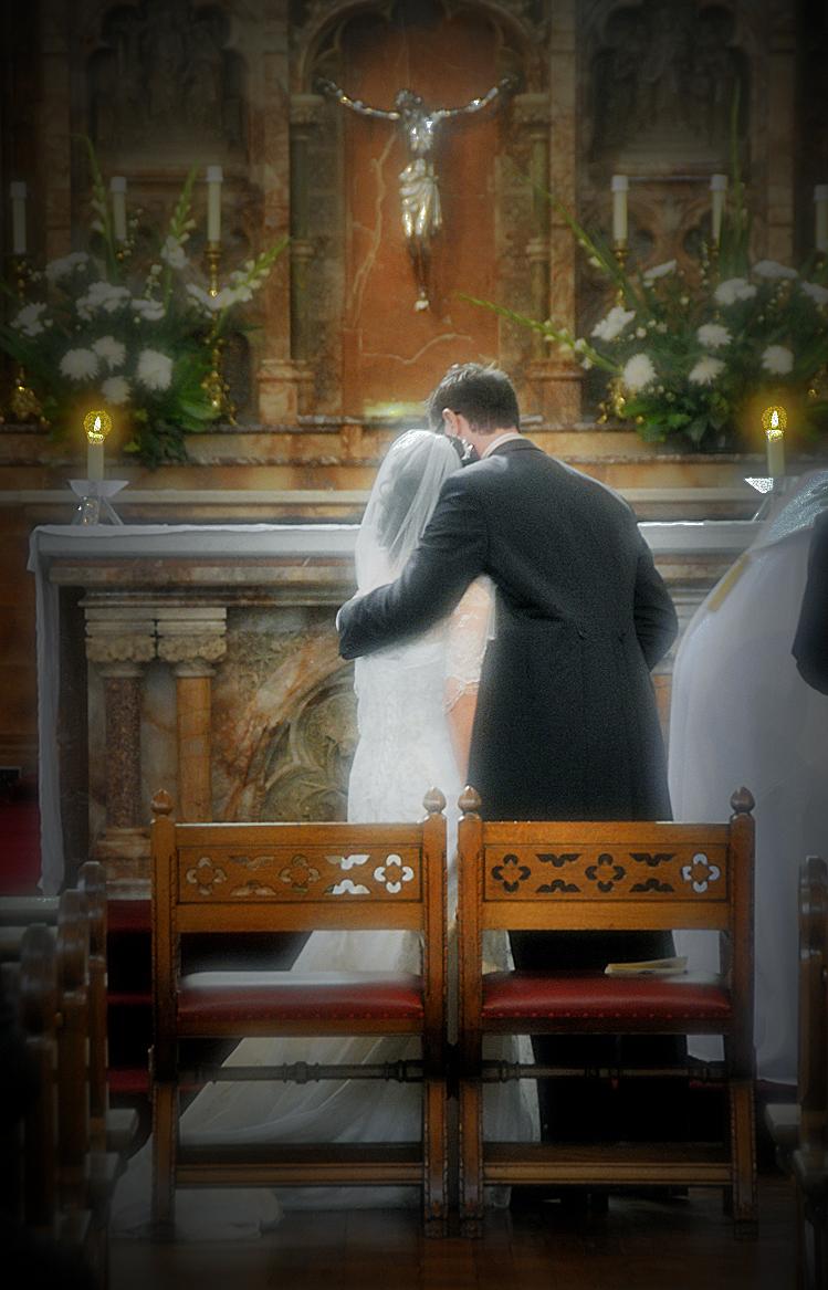 Bride, groom, altar