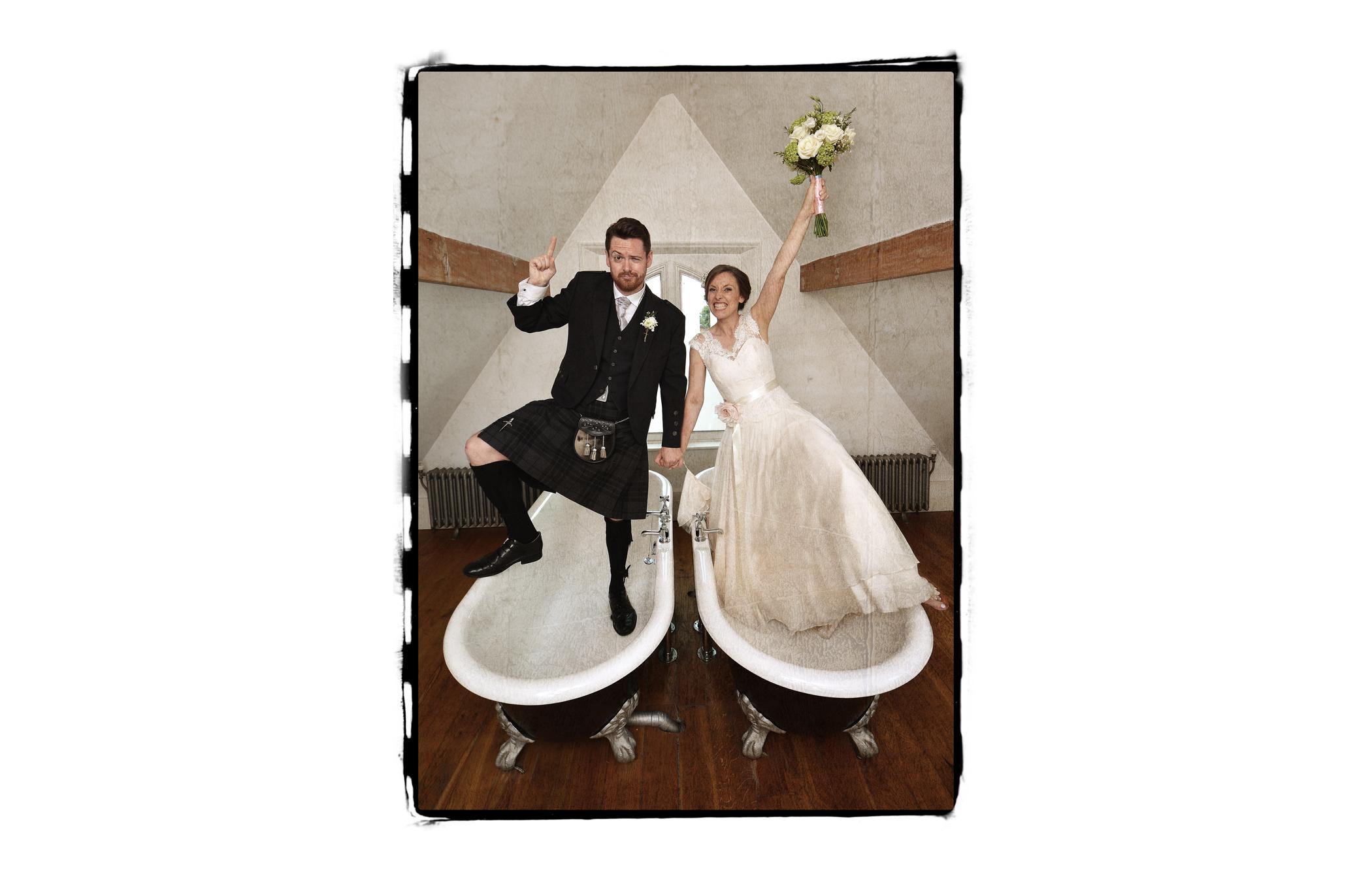 bride, groom, hotel, bathtubs