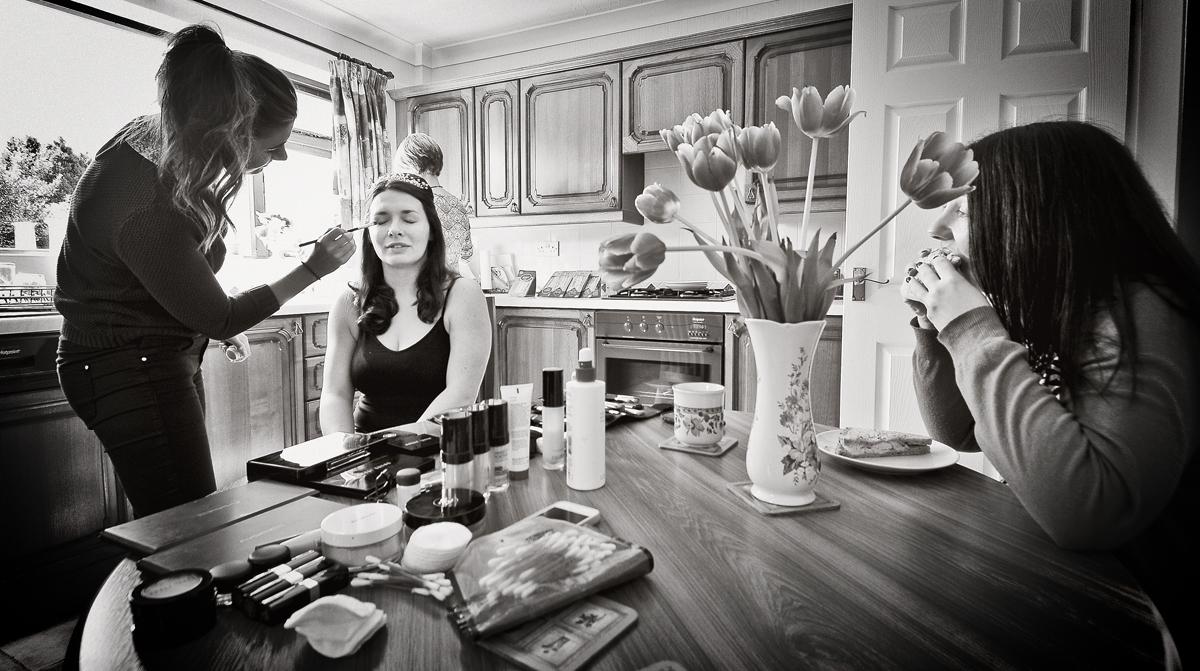 Bride, bridesmaid, make-up, sandwich