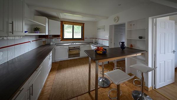 A kitchen in a gite