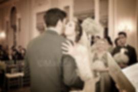 briode, groom, kiss, wedding ceremony