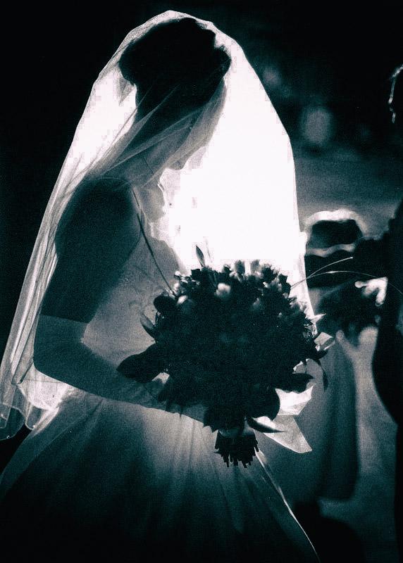 Bride, silhouette