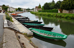 A row of punts at Coulon, France