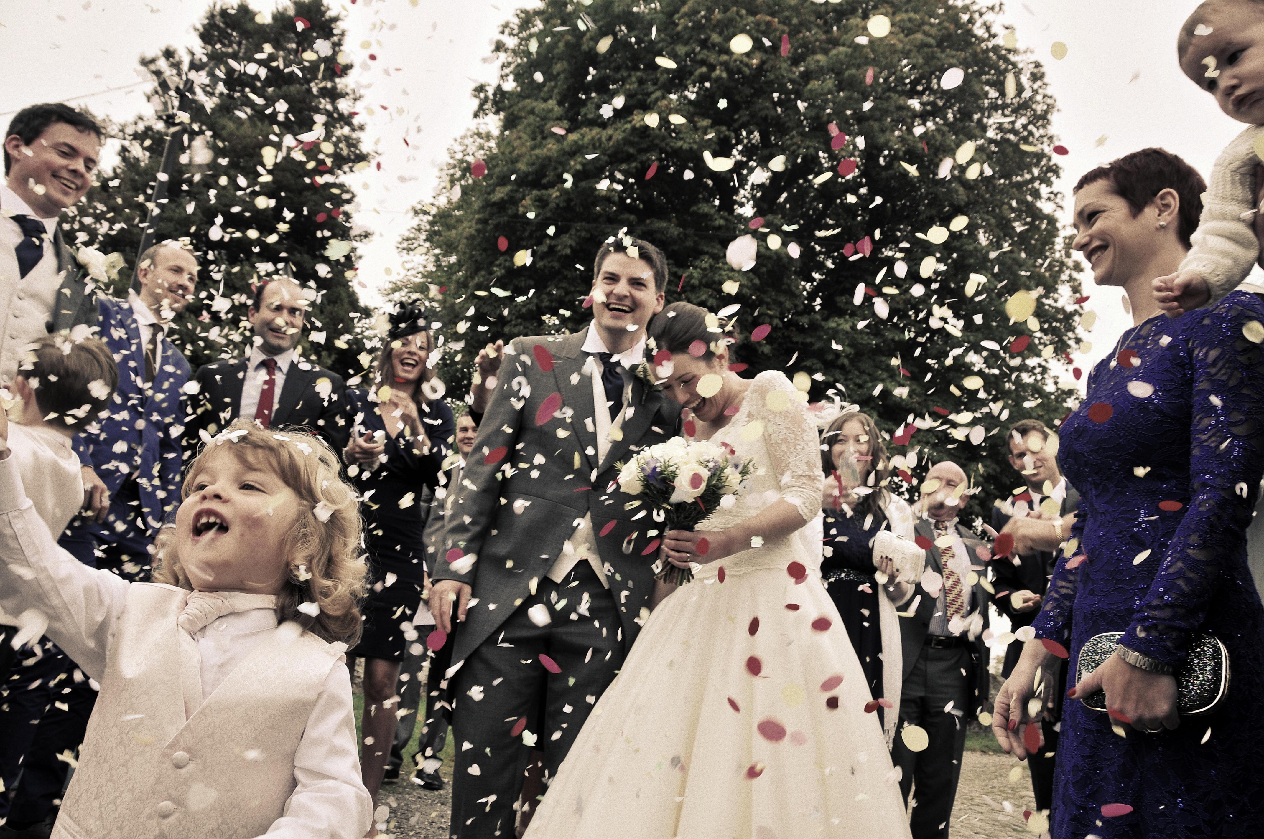 Confetti, Bride, Groom, Willington