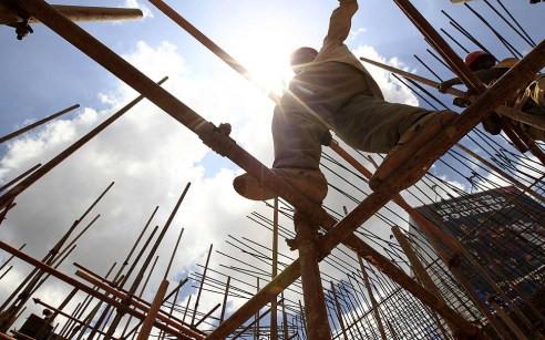 construction-worker-e1425800033364[1]