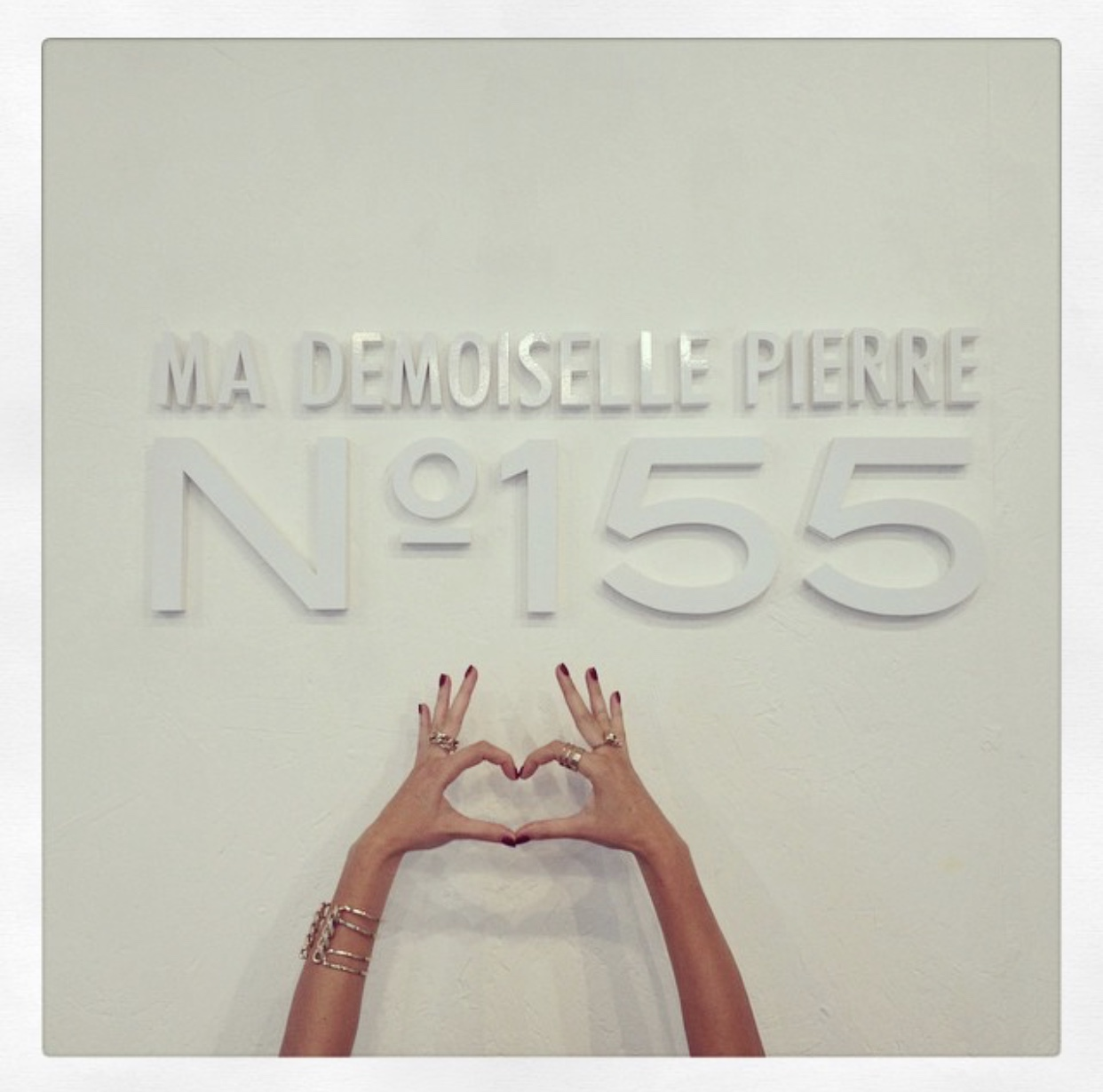 Ma Demoiselle Pierre 155 rue Amelot