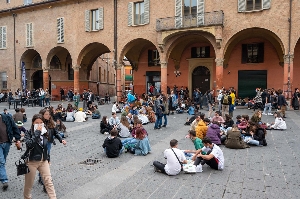 Students meeting at Piazza Giusepe Verdi in Bologna