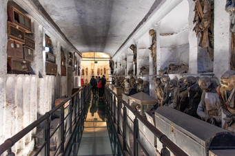 Catacombe dei Capucini, mummified corpses