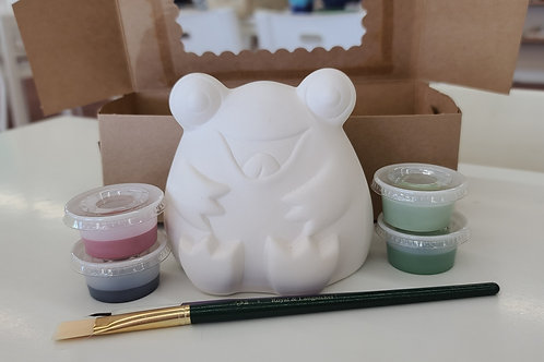 Frog Bankable Pottery to Go Kit