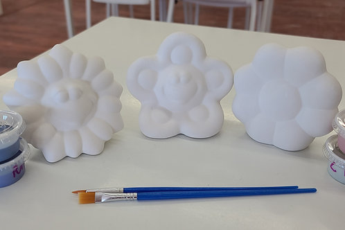 Set of 3 fun flower cuties Pottery to Go Kit