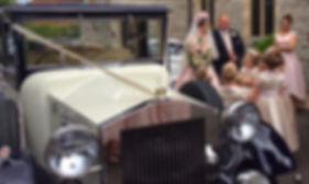 Wedding Car Hire Hampshire, Berkshire, Surrey, Linara