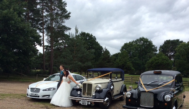 Wedding car hire at pine ridge in camberley