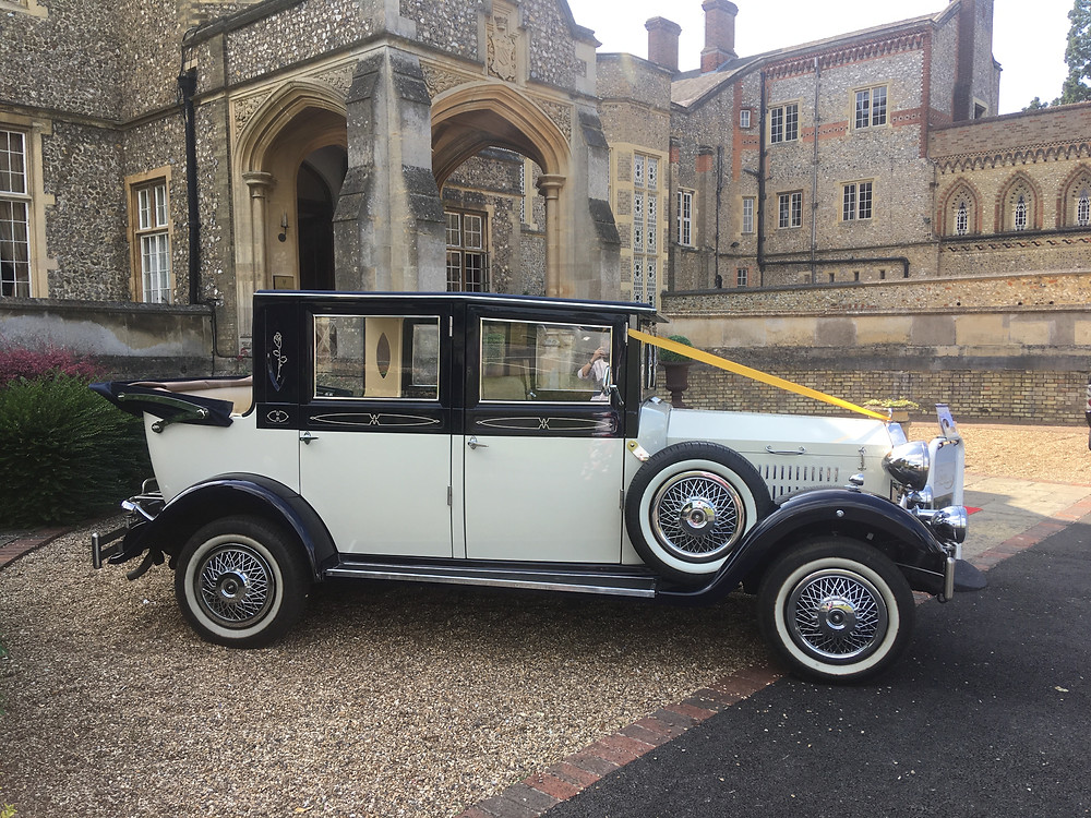 Horsley estate wedding car hire | linara classic wedding cars