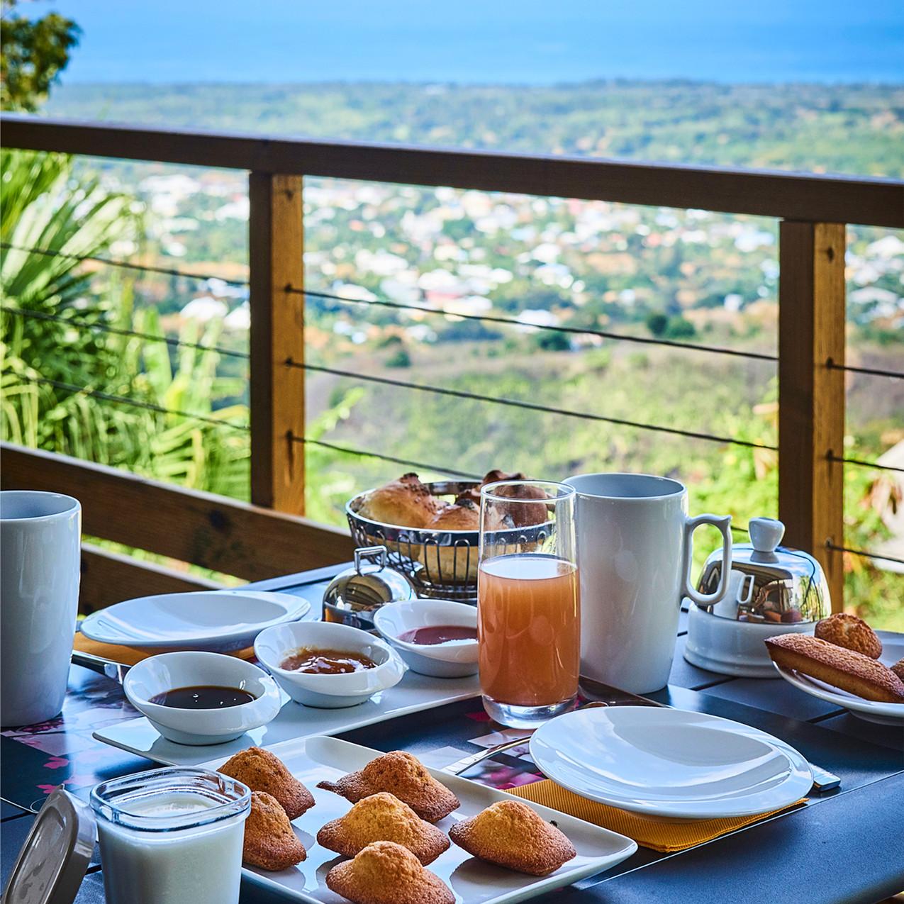 petit-dejeuner-villa-romeo