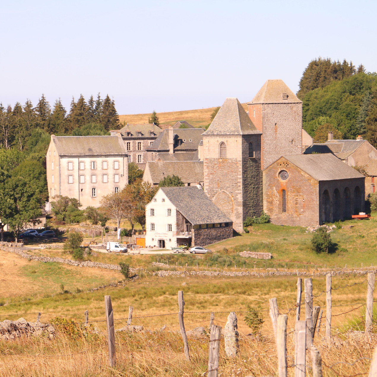 swissguesthousesitters remplacementmaisndhotes aubrac innkeeper