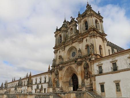 Monastere d'Alcobaça et plages de Paredes da Vitória