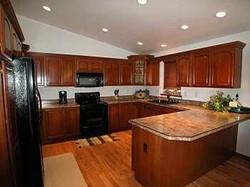 612 Fairway kitchen