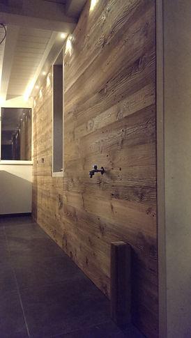 parete in 1^ patina beige oliato effetto