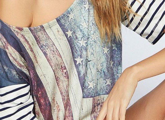 VINTAGE AMERICAN FLAG PRINT TOP WITH STRIPE SLEEVES AND NECK BAND WITH CONTRAST
