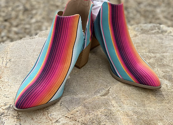 """Serape Booties size 9 """"only pair"""""""