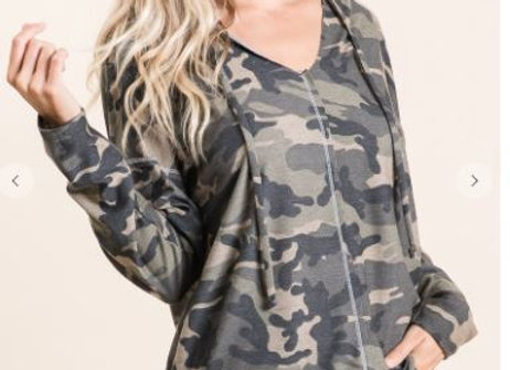 CAMOUFLAGE FRENCH TERRY HOODIE WITH CONTRAST